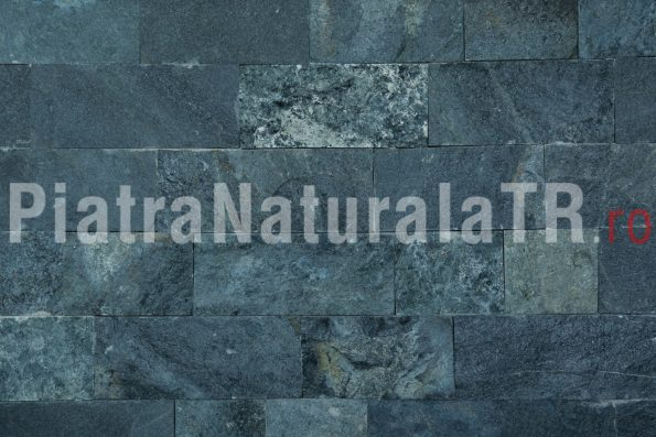 Piatra naturala Negru-verzui - 10cm